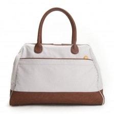 weekender bag for women – back view | @canopyverde