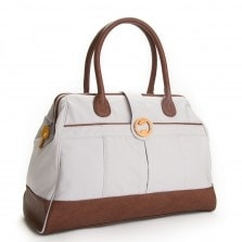 canvas travel bag in classic gray and brown | @canopyverde