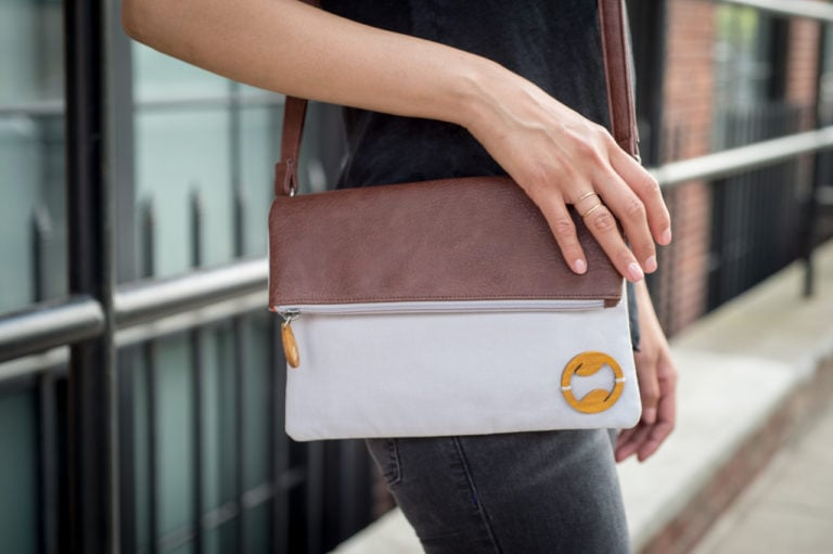 vegan crossbody bag in gray organic cotton and faux leather