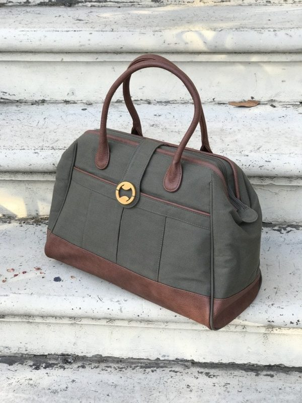 canvas weekender bag with organic cotton and vegan leather