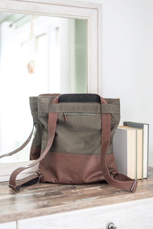 crossbody bag with backpack straps