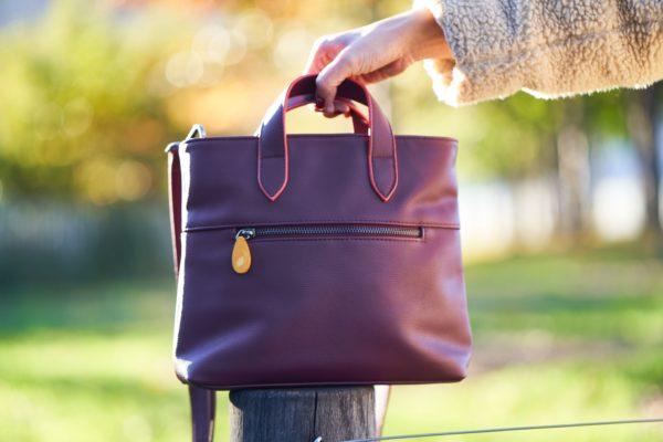 small crossbody bag with pockets